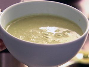 Pea_and_Pesto_Soup_nl0204